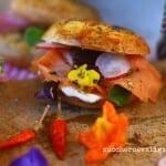 Bagels con salmone affumicato e crema di formaggio in versione delicata e piccante per Re-Cake #11