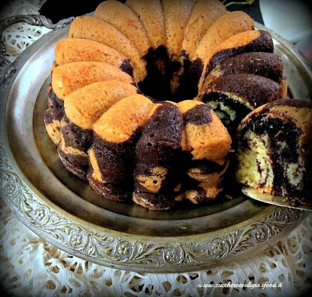 fetta-torta-marmorizzata-le-fluffose-zuccheroevaligia-1024x976