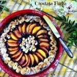 """La vera storia di una """"Crostata Furba"""" con  biscotti digestive marmellata ai lamponi pesche e roselline di pasta brisè"""