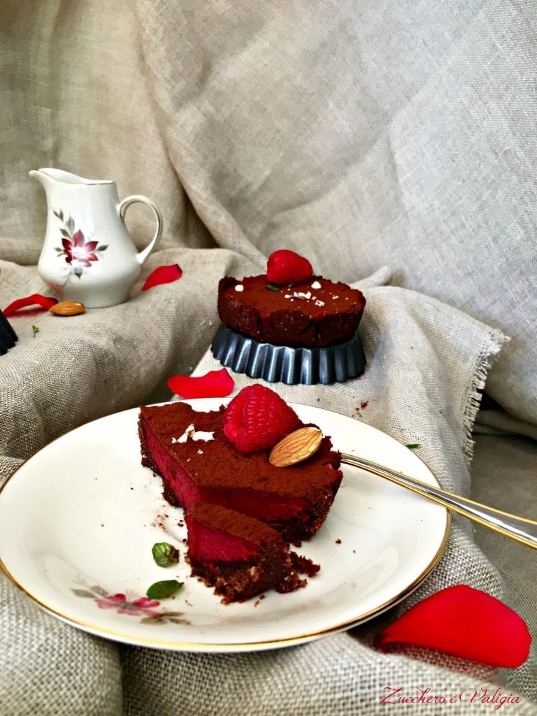Red velvet cheesecakes di donna Hay