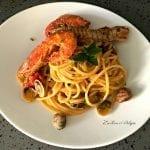 Spaghetto Quadrato con pannocchie, vongole, gamberi argentini e pangrattato