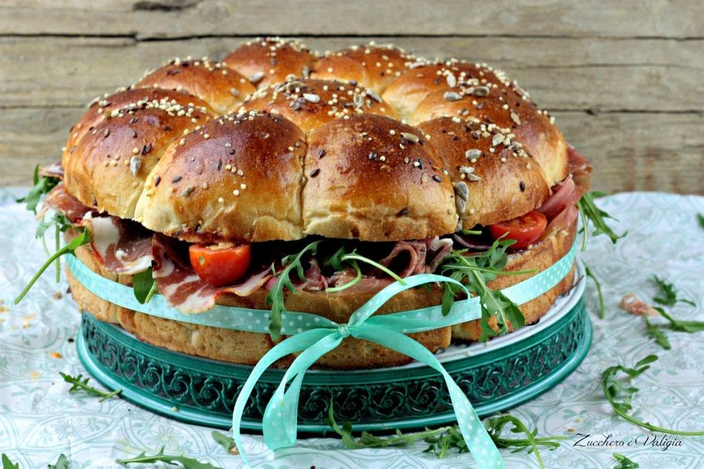 sandwich danubio farcito