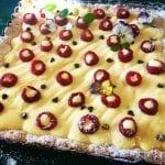 Crostata con crema pasticcera Montersino e lamponi farciti