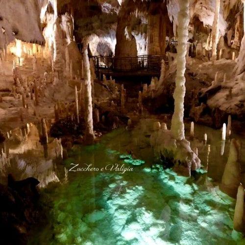Visitare le Grotte di Frasassi con i bambini